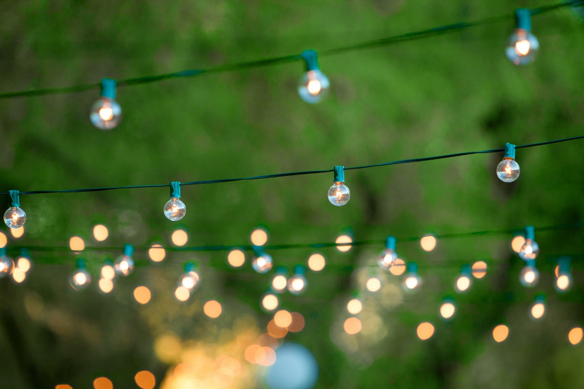 New ideas strings of outdoor lights and how to hang outdoor party library life published 210616 mozeypictures Images