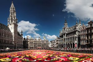 Exciting guided tour of the city centre of Brussels. It sheds light on the history of the city, interesting places and buildings.
